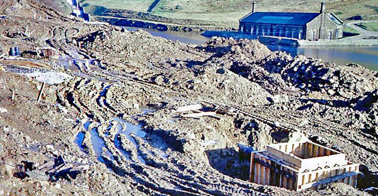 Muddy-works-opposite-filter-plant-February-1987